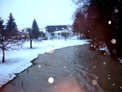 Hautes-eaux dans l'Ill le 5 déc 2010 à 17 h