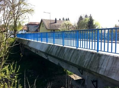 Pont Jean de Loisy réparé à Waldighoffen vu des berges