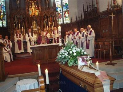 Obsèques de l'abbé Joseph Henlin - photo DNA