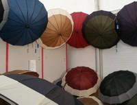 Des parapluies à l'Expo-Habitat 2011 de Waldighoffen !