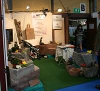 Un tailleur de pierre à l'Expo-Habitat 2011 de Waldighoffen