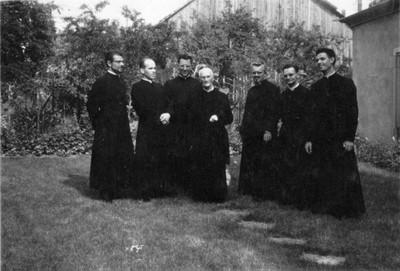 Chanoine-Ditner et des prêtres nés à Waldighoffen