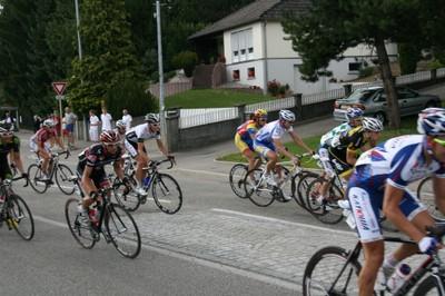 Tour Alsace 2011 - queue de peloton