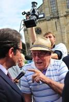 Ambiance au marché avec le ministre Frédéric Lefebvre