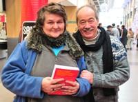 Jean Sarrus avec une habitante de Tagolsheim Annette Biringer