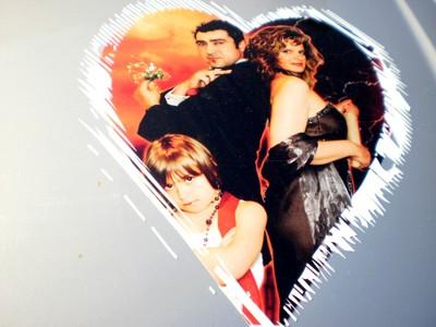 """Logo """"Ahhh, l'Amour"""" sur la voiture de Kathya Cautillo"""