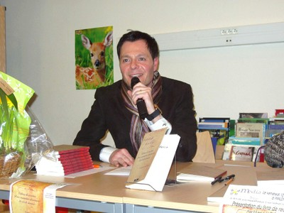 Pierre HEINIS au micro