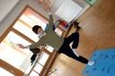 Samuel est élève du cours de Yoga de Jennifer Gibbs à Waldighoffen