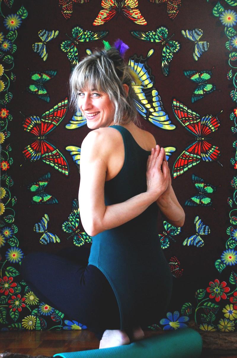 Jennifer Gibbs posture Coucou Hibou