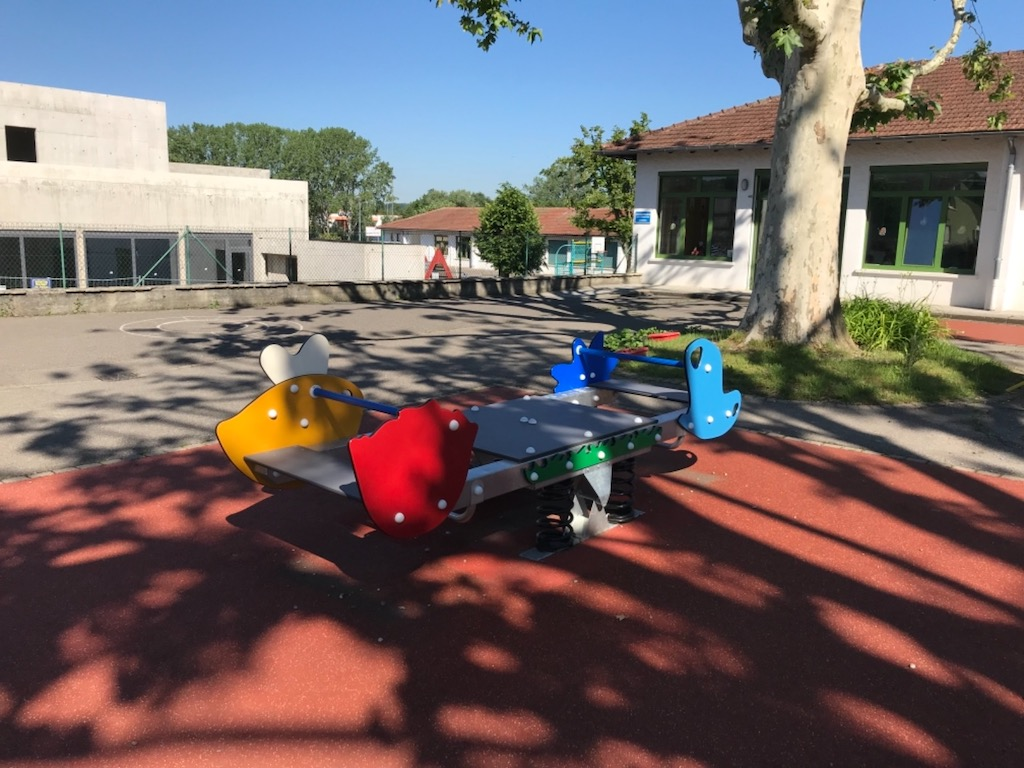 Inauguration jeu école 3-le jeu