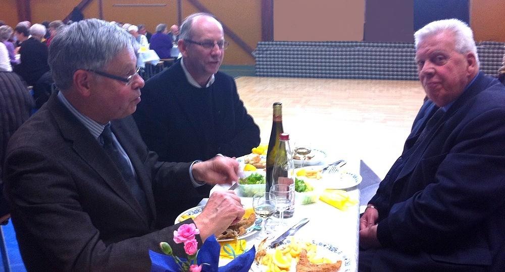 Le maire Henri Hoff, le curé Christophe Smoter et le Père Paul Horstmann