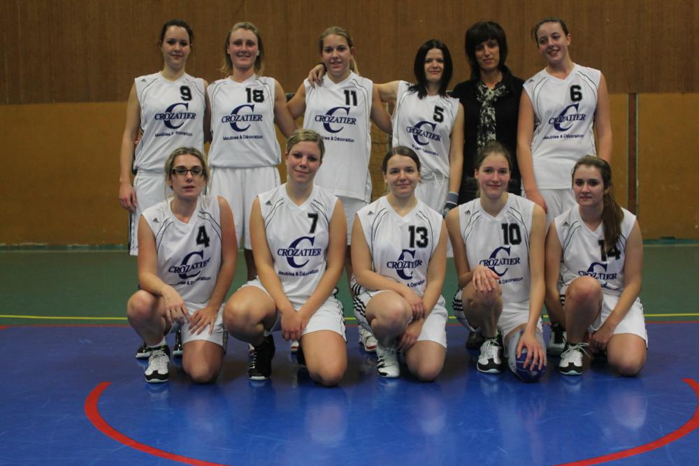 Les seniors féminines du basket-club CSSPP Waldighoffen de la saison 2011/2012.