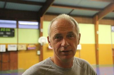 Jean-Michel Meyer entraineur de l'équipe des poussins.