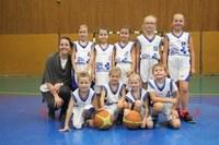 L'équipe des min-poussins du basket-club CSSPP Waldighoffen saison 2016/2017.