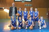 L'équipe des poussins du basket-club CSSPP Waldighoffen saison 2016/2017.