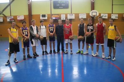 Le groupe des minimes garçons du basket-club CSSPP Waldighoffen.