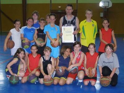 Olivier Jacquin récipiendaire de la lettre de félicitations de la fédération Française de basket-ball.