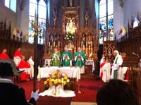 06 La messe d'installation du Père SMOTER commence