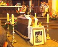 Le cercueil du père François