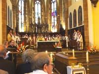 Les nombreux prêtres
