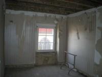 Chambre étage du presbytère - 13.03.12.JPG