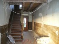 Escalier de l'entrée presbytère - 13.03.12.JPG