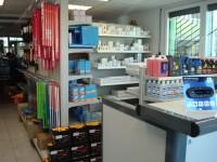 Vue d'ensemble du magasin de pièces détachées du Garage Dresch à Waldighoffen