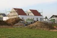 Un ouvrier en plein travail au chantier l'EHPAD de Waldighoffen
