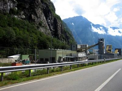 Aménagements au sud du tunnel
